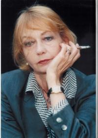 Elzbieta Czyzewska headshot