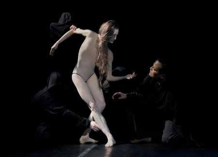 Dancers Wendy Whelan and Jock Soto star in the world premiere of HAGOROMO. Photo by David Michalek.
