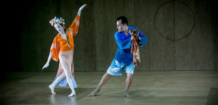 Whelan and Soto dance in costumes by Belgian fashion designer Dries Van Noten. Photo by Mark Stephen Kornbluth for AOP.